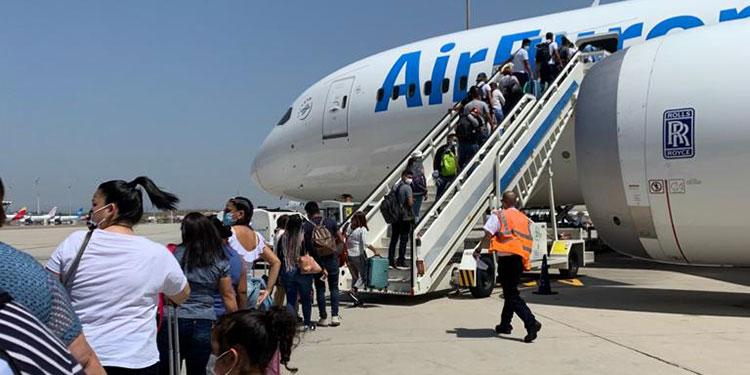 276 hondureños que estaban varados en España llegan al país