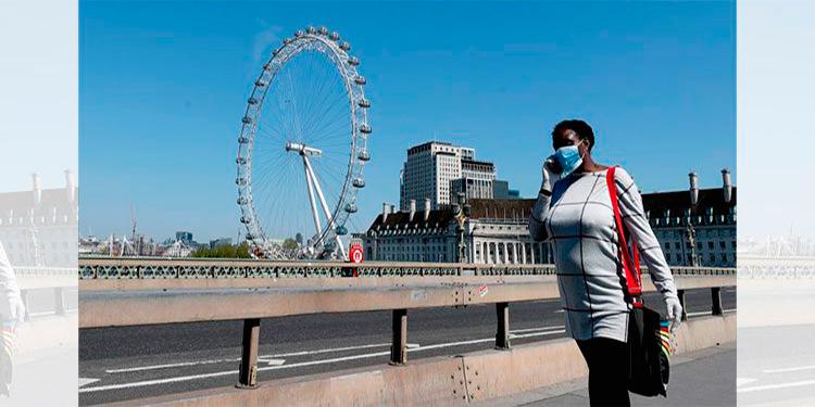 Reino Unido aplaza el desconfinamiento e impone nuevas restricciones