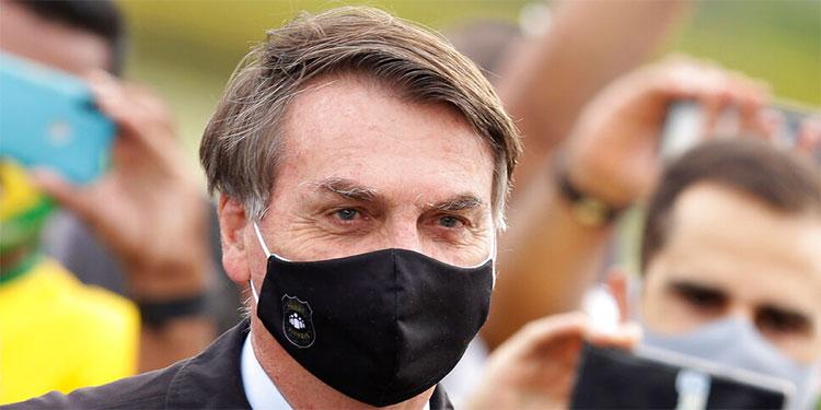 Bolsonaro dice que hidroxicloroquina le curará de COVID-19