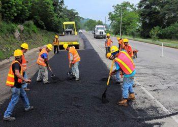Constructores piden al gobierno separar de Invest-H unidad vial