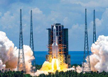 China lanza una ambiciosa misión a Marte