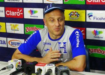 Sería descabellado que no hubiera fútbol en Honduras: Coito