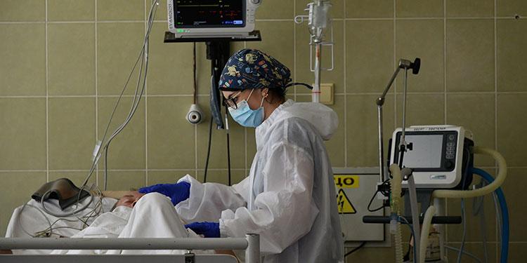 La covid-19 puede causar problemas cerebrales incluso en sus formas benignas