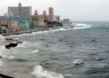 Cuba comenzará a cobrar a pilotos privados por sobrevolar su territorio