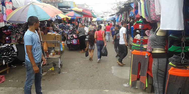 Alcaldía llama a vendedores a acatar cierre de los mercados