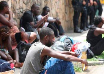Migrantes abandonan el albergue en Tegucigalpa Al menos