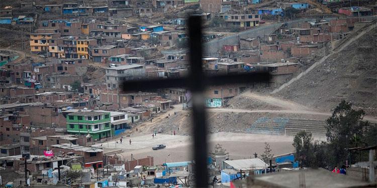 Perú duplicaría muertos por COVID-19 si confirma sospechosos