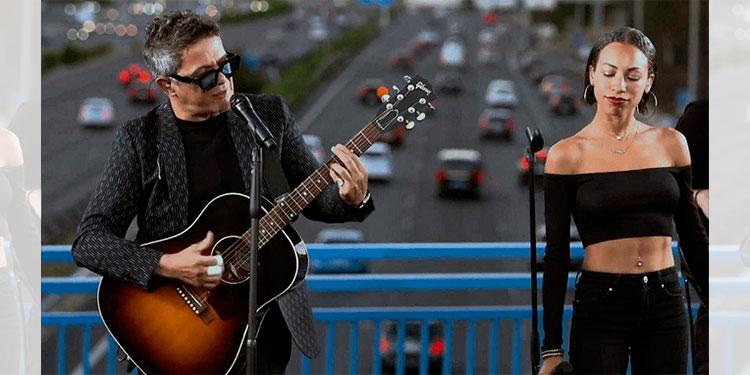 """Alejandro Sanz ofrece un concierto sorpresa desde el puente """"Corazón Partío"""""""