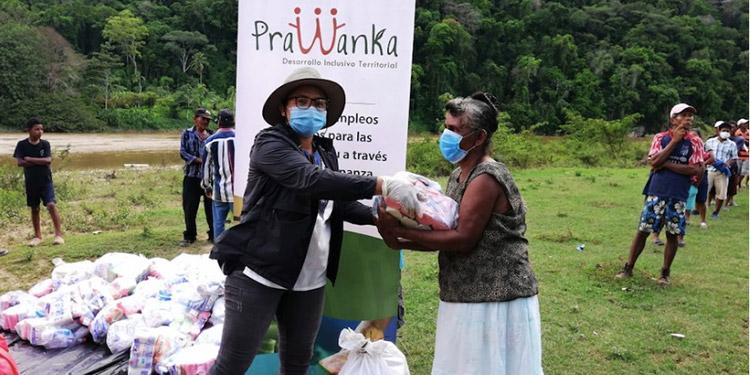 Entregan alimentos y equipos de higiene en poblados misquitos