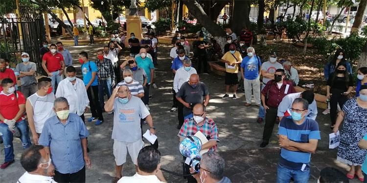"Más de 150 músicos reciben bolsa de alimentos de ""Papi a la Orden"""