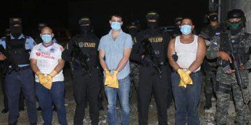 A los detenidos se les investiga por el crimen múltiple ejecutado en la Villa Los Laureles.