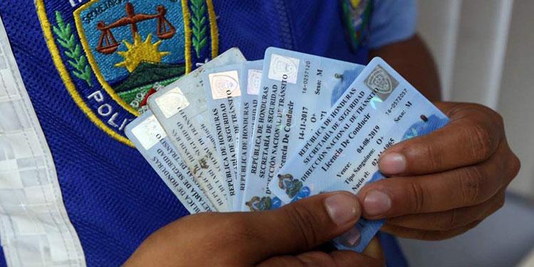 Habilitan emisión de licencias de conducir a nivel nacional