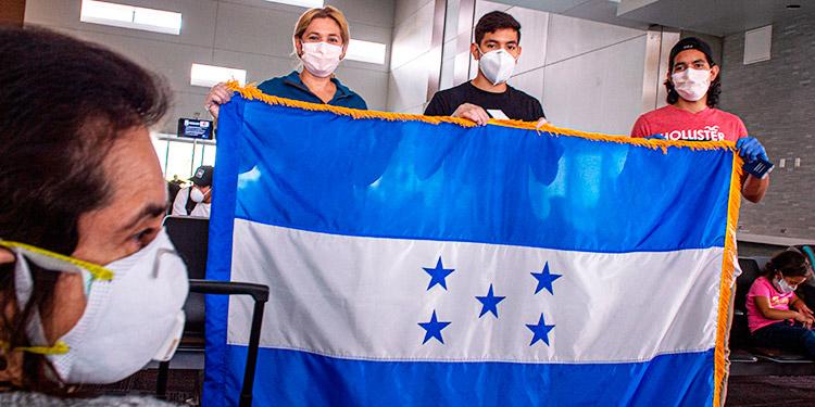 Hondureños en EEUU piden ser censados para poder votar en 2021