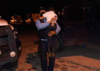Tras ser liberado, el pequeño fue trasladado a las oficinas de la Policía Nacional de esa zona y, posteriormente, fue evaluado por un médico forense del Ministerio Público.