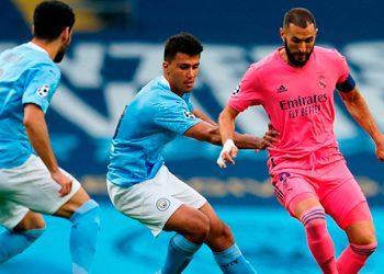 Varane autodestruye al Real Madrid