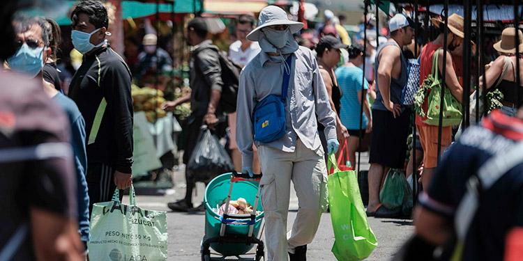 Costa Rica abre economía