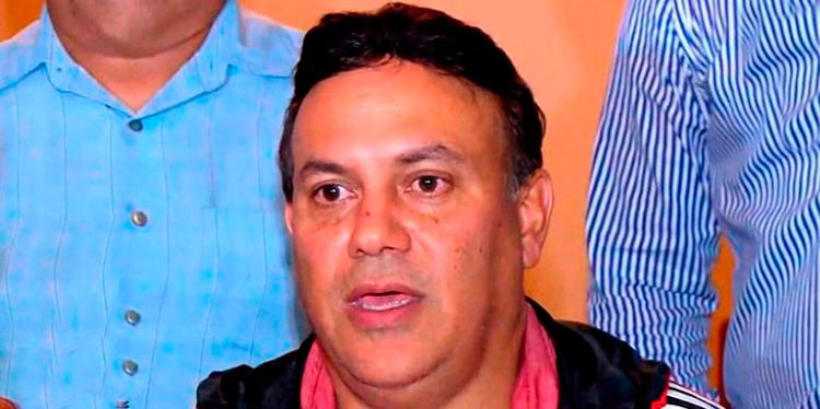"""Roberto Dip pide no llamar """"mercenarios"""" o los """"malos"""" a los seis clubes"""
