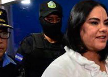 """Nuevo tribunal rechaza conocer caso """"Caja Chica de la Dama"""""""