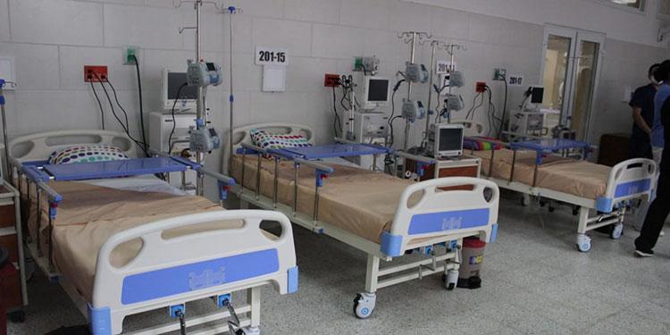 La sala de cuidados intermedios cuenta con climatización, presión negativa y luz ultravioleta, con medidas de bioseguridad.