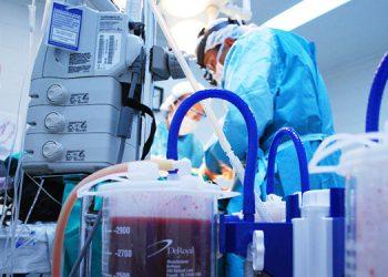 Pacientes con trasplante de hígado presentan menos cuadros graves por COVID-19