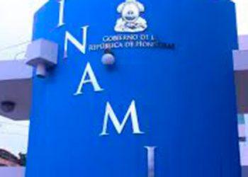 Universidad Diego Portales de Chile certifica a personaL del INAMI