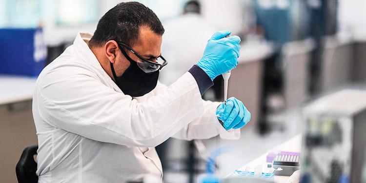 Argentina espera iniciar producción de vacuna contra la COVID-19 al final de 2020
