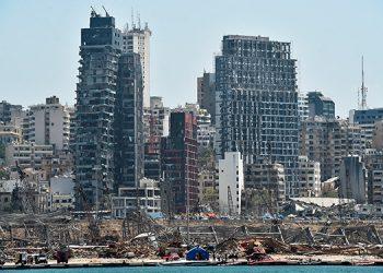 Al menos 60 personas continúan desaparecidas tras la explosión en Beirut