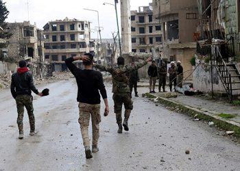 Un soldado sirio muerto y dos heridos en un bombardeo de EEUU