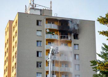 Incendio deja al menos 11 muertos en República Checa