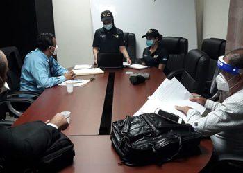 El apoderado procesal de la empresa, fue interrogado porque este se encargó de devolver el cheque por 20 millones de lempiras.