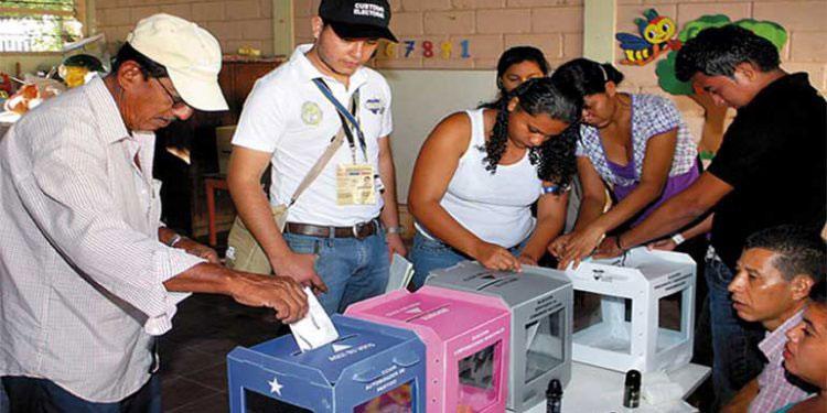 Para nueva Ley Electoral: Comisión propone eliminar al más votado y aplicar cociente