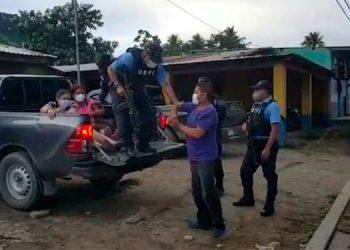 Detienen a tres distribuidores de droga en el sector de Trojes