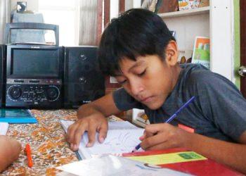 Un millón de niños están fuera del sistema de aprendizaje diseñado por Educación