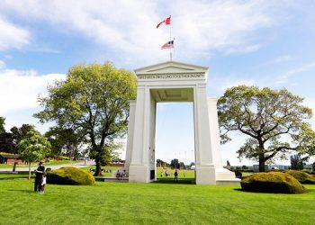 Canadá renueva por un mes cierre de frontera con EEUU
