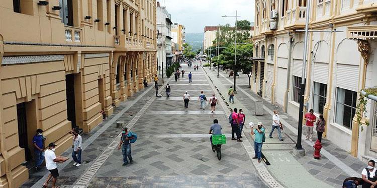 El Salvador solicita más de 900 millones en préstamos para pandemia de COVID