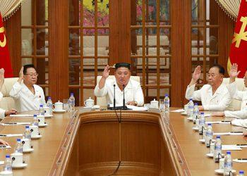 Kim Jong Un pide prepararse para el virus y el tifón Bavi