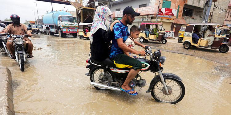 Pakistán: 50 muertos en 3 días por las lluvias del monzón