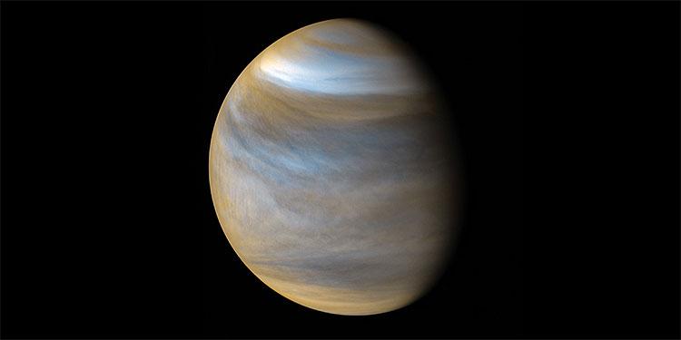 Hallan en las densas nubes de Venus una gigantesca ola oculta durante 35 años