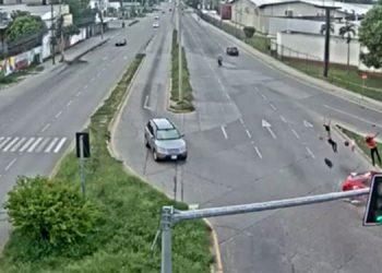 El accidente ocurrió a la altura de la Cervecería Hondureña, en el bulevar del Norte de la ciudad de San Pedro Sula.
