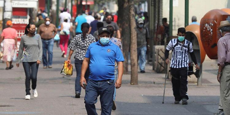 Autoridades sanitarias reportan un descenso en los casos de COVID-19 en los departamentos de Francisco Morazán y San Pedro Sula.