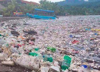 Desde 2015, el gobierno de Honduras declaró Emergencia Ambiental y como una amenaza las toneladas de basura y desechos sólidos que contaminan el río Motagua.