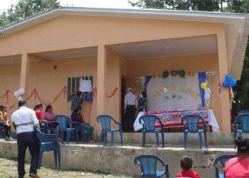 Moderno centro de salud de San Miguel de Selguapa.