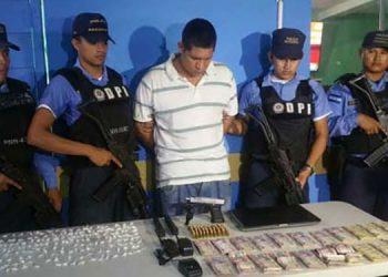 José Felipe Pineda Benítez fue detenido en el 2018, en la colonia Rivera Hernández de SPS, con droga y dinero en efectivo.