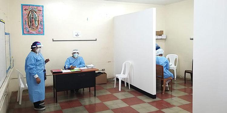 """Se invitó a la población que pueda asistir y recibir atención oportuna en los triajes ubicados en las escuelas """"Pedro Nufio"""" y la Nicaragua, de Danlí."""
