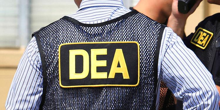 Agente de la DEA admite confabulación con cártel