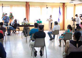 La vicealcaldesa de Siguatepeqe, Alba Chávez, manifestó que es de suma necesidad el cambio del transformador porque el problema energético aumenta cada día.