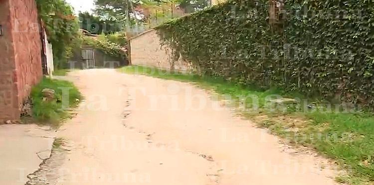 Hallan supuesto aparato explosivo frente a casa del extinto expresidente Callejas