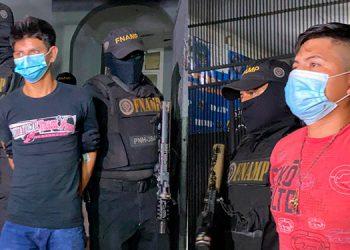 Ambos acusados quedaron con la medida de detención judicial y el próximo martes será la audiencia inicial en su contra.