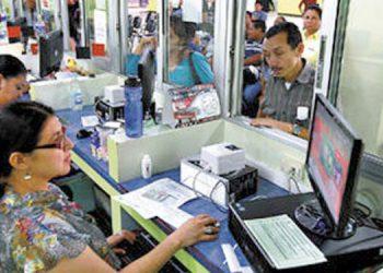 Gobierno de Honduras instruye que empleados públicos retomen sus labores