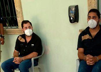 Los hermanos José Víctor y Eduardo Andrés López Matta, al momento de su detención.